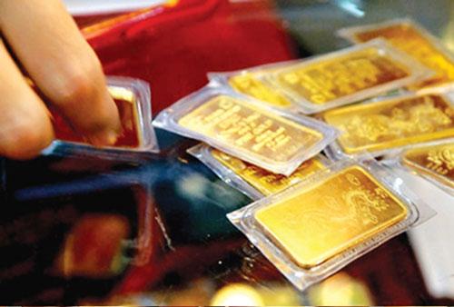 Giá vàng hôm nay 11/4: USD giảm mạnh, vàng tăng vọt - Ảnh 1