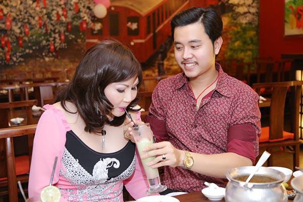 Lý do gì khiến mối tình giữa Vũ Hoàng Việt và Yvonne Thúy Hoàng kết thúc? - Ảnh 1