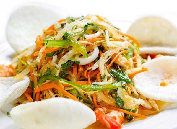 Cách muối dưa bắp cải rau cần ngon, giòn không cần dấm - Ảnh 4