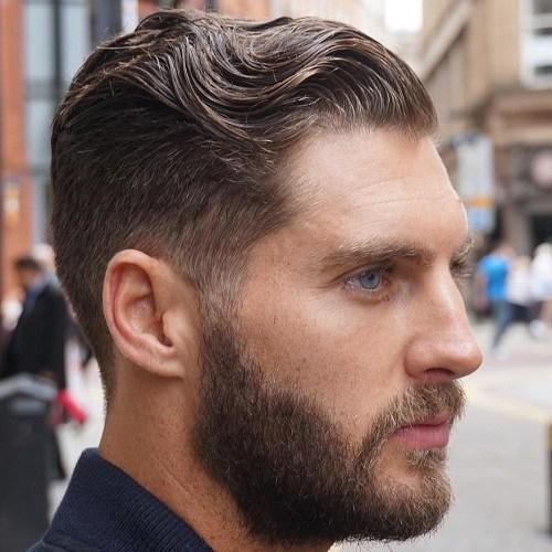 Hướng dẫn cách vuốt tóc ngược ra sau với tóc xoăn