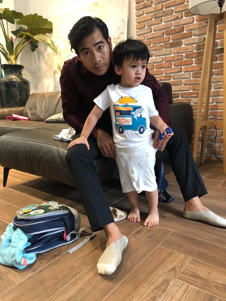 Bận bù đầu vẫn chăm con cực khéo, Thanh Bình khiến dân mạng phải thốt lên 'ông bố của năm' đây rồi - Ảnh 3