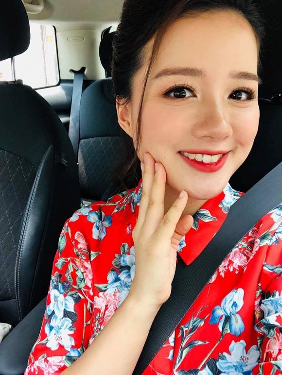 MC Minh Trang VTV mang thai lần 4, chính thức nhập hội 'những sao Việt đông con nhất Vbiz' - Ảnh 7