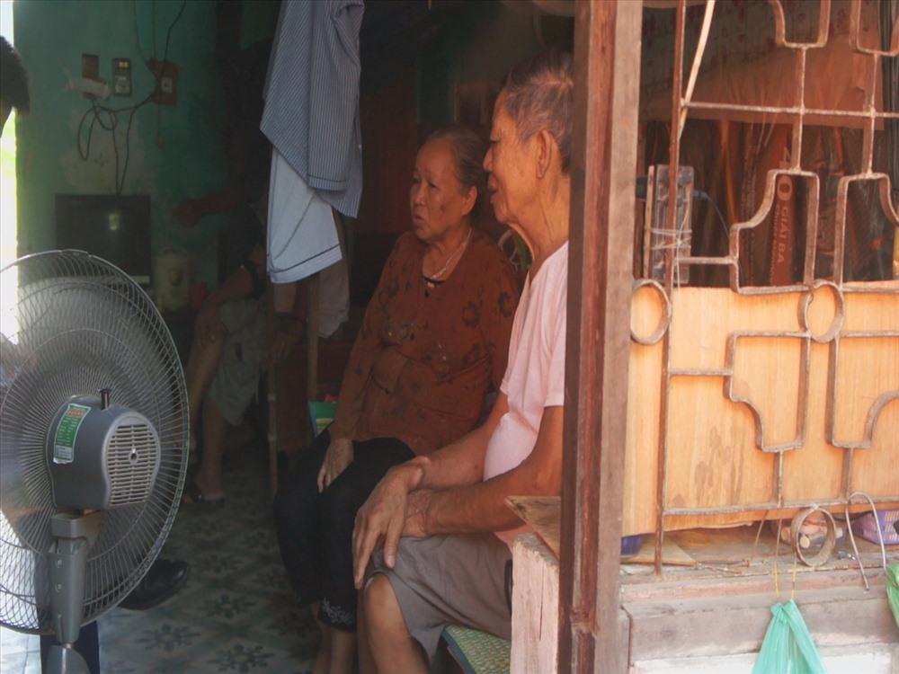 Cảm thương cụ bà 67 tuổi cần mẫn nhặt ve chai nuôi chồng chạy thận - Ảnh 8