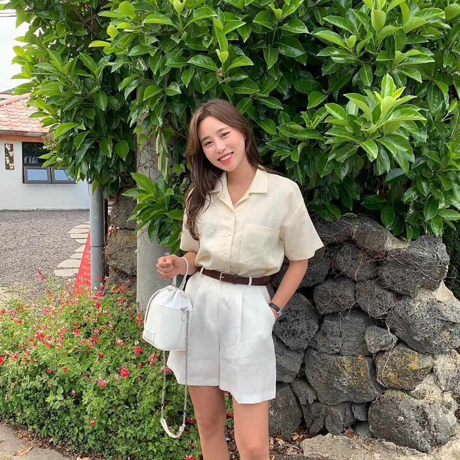 Nóng quá thì nàng công sở cứ mạnh dạn diện quần shorts nhưng để bảo toàn sự tinh tế, hãy tham khảo vài tips sau - Ảnh 8