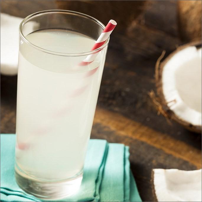 """Uống nước dừa vào mùa hè: Đừng quên những lưu ý """"đắt giá"""" từ chuyên gia để vừa khỏe vừa đẹp - Ảnh 5"""