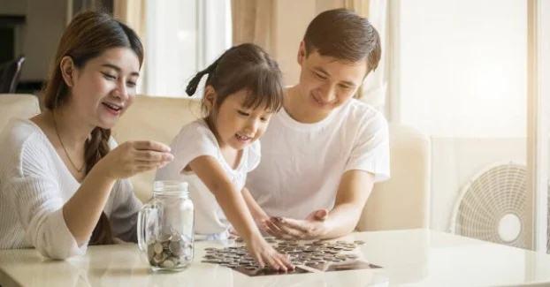 8 sai lầm cha mẹ cần tránh khi dạy con về tiền bạc - Ảnh 1