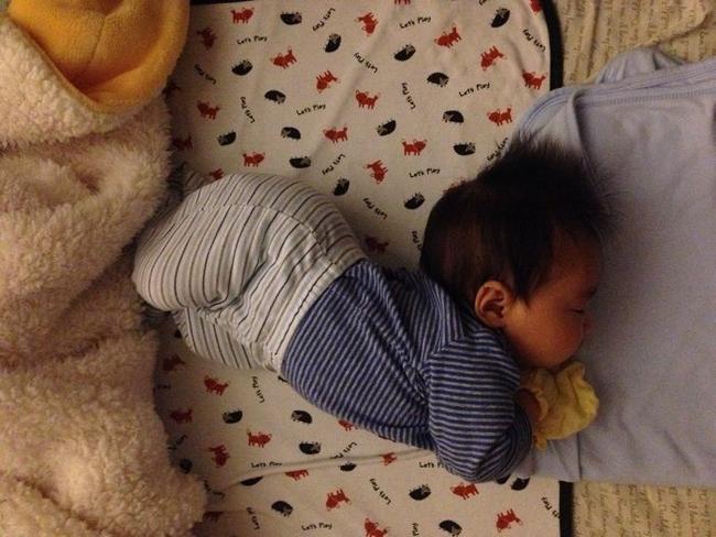 Có 3 biểu hiện này trong khi ngủ chứng tỏ trẻ rất thông minh - Ảnh 2