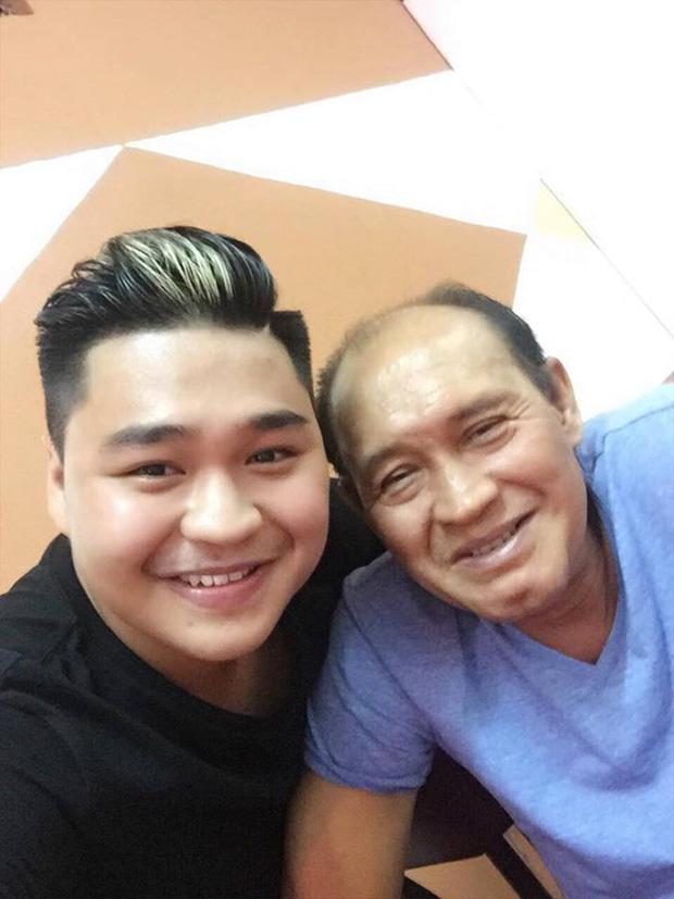 Duy Phương tiết lộ con trai không bao giờ cho tiền, Duy Phước buồn bã đăng status: 'Ông ấy đúng hay sai vẫn là ba tôi' - Ảnh 4