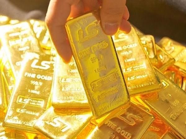 Giá vàng hôm nay 11/7: Ồ ạt bán tháo, vàng lại giảm nhanh - Ảnh 1