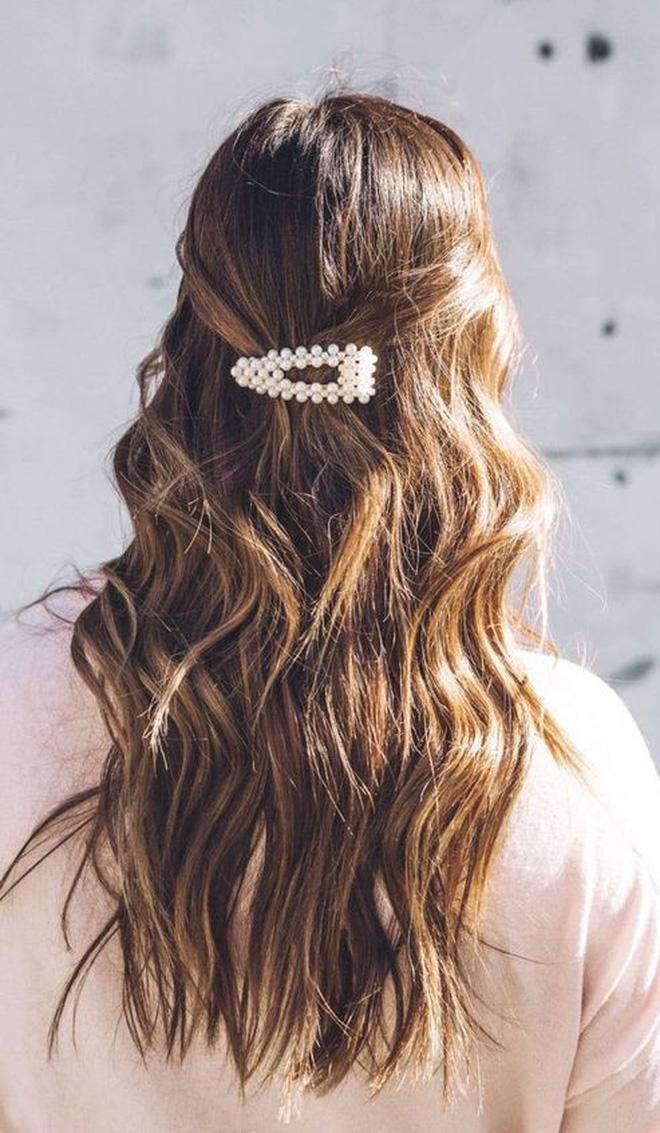3 kiểu tóc buộc vội cũng đẹp mê ly, chị em công sở ngại gì mà không thử luôn - Ảnh 2
