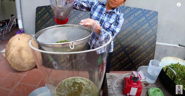 Bà Tân trổ tài làm cốc rau má đậu xanh siêu to khổng lồ, nhưng dân mạng chỉ chăm chăm chú ý tới câu 'lỡ lời' của Hưng Vlog - Ảnh 3
