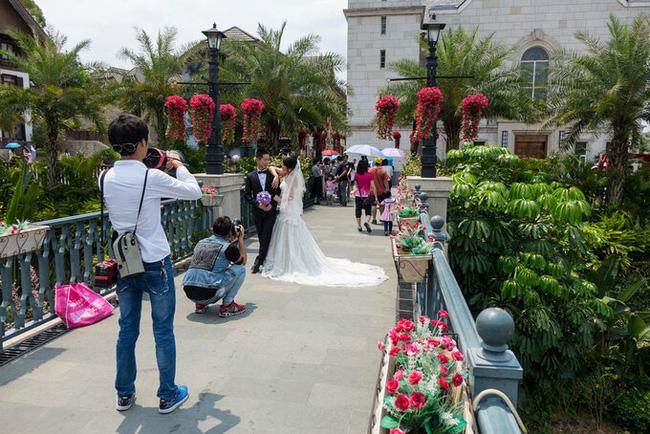 Trung Quốc chi 23.000 tỷ đồng để 'photocopy' ngôi làng 7000 tuổi đẹp nhất thế giới - Ảnh 4