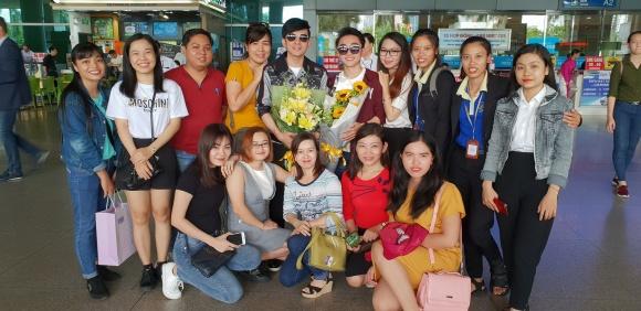 Không chỉ tích cực mời mọc chụp ảnh selfie, Phi Nhung còn múa minh hoạ cho Đan Trường - Ảnh 4