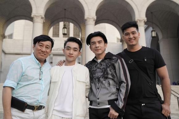 Không chỉ tích cực mời mọc chụp ảnh selfie, Phi Nhung còn múa minh hoạ cho Đan Trường - Ảnh 8