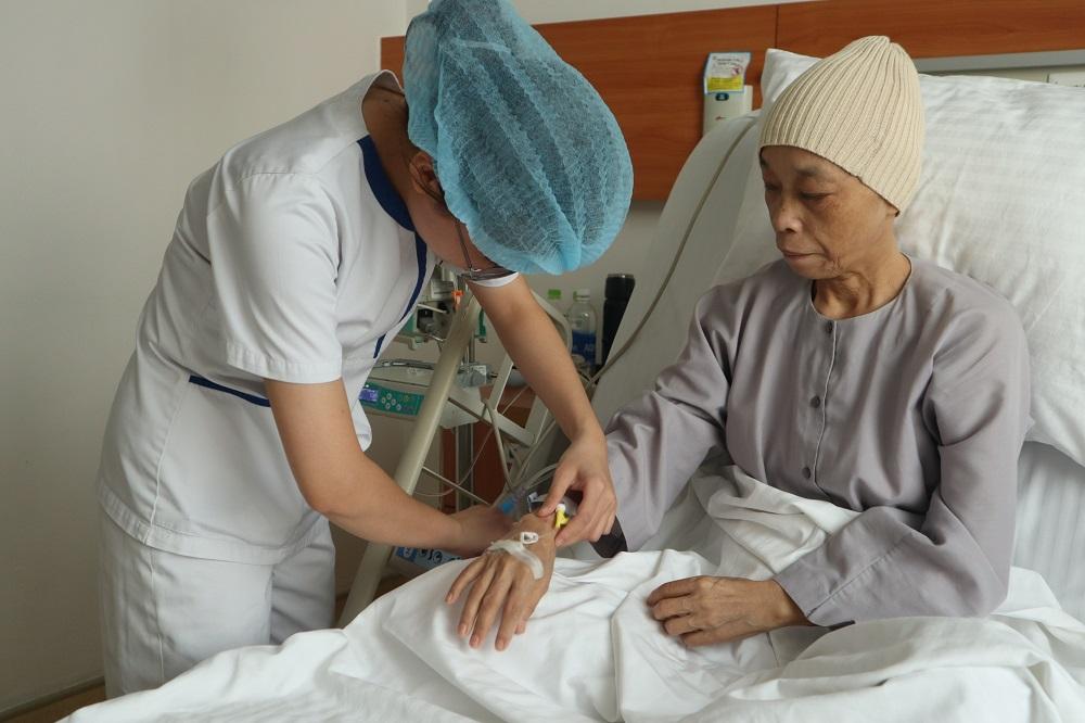'Phép mầu nhiệm' của sư cô mắc ung thư giai đoạn muộn - Ảnh 2