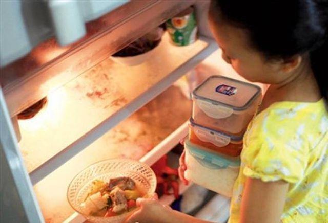 Người phụ nữ 30 tuổi toàn thân tím tái sau khi ăn món ăn nhiều người đang ăn mỗi ngày - Ảnh 4