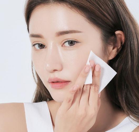 Nếu mắc phải thói quen sai lầm này thì đừng hỏi tại sao chăm đắp mặt nạ, siêng dùng mỹ phẩm mà da vẫn đầy mụn, dễ kích ứng - Ảnh 3
