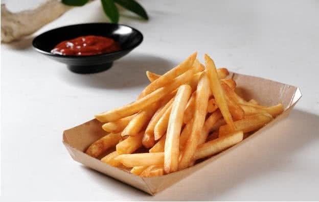 Tại sao khoai tây chiên ở ngoài hàng lại giòn và ngon hơn gấp vạn lần bạn tự tay làm, đó là do bạn chưa làm đúng cách mà thôi - Ảnh 4