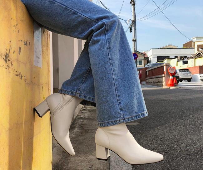 Nàng nào chẳng mê diện boots mùa lạnh, nhưng để sắm được đôi chuẩn mốt thì hãy xem ngay 4 gợi ý này - Ảnh 1
