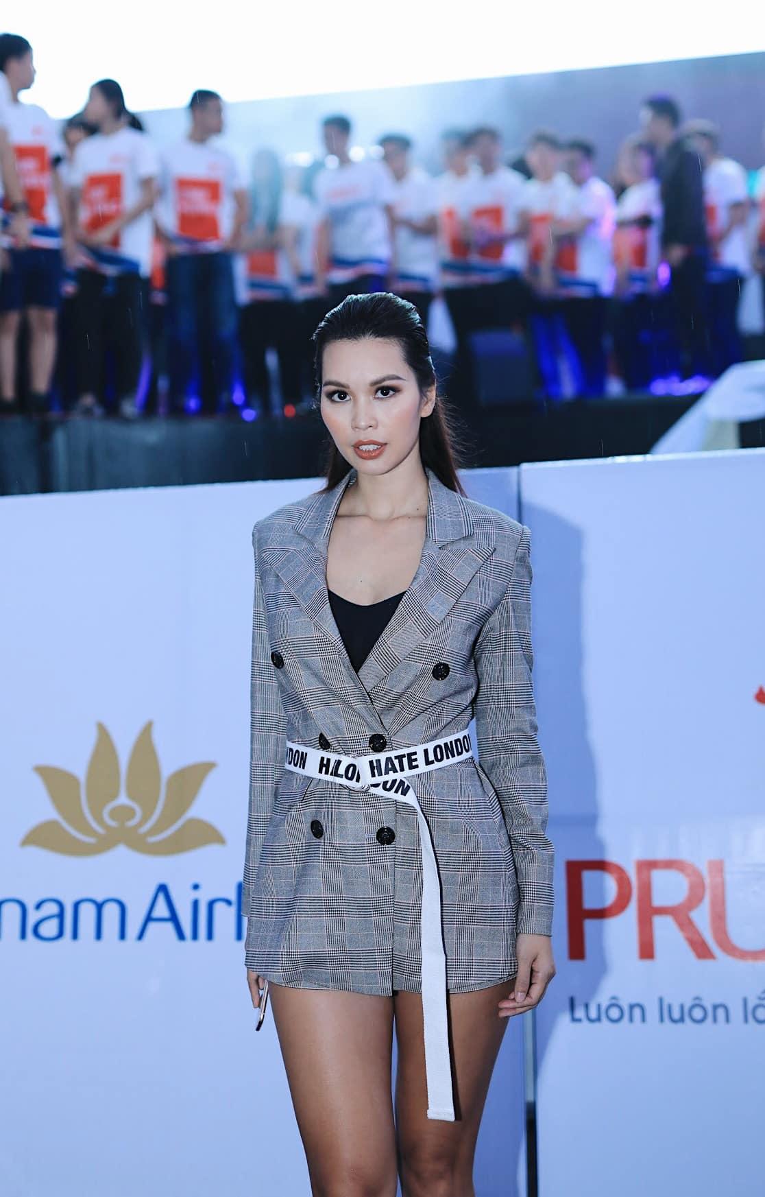 Siêu mẫu Hà Anh nói gì về nghi vấn mua giải tại Hoa hậu Trái đất? - Ảnh 1