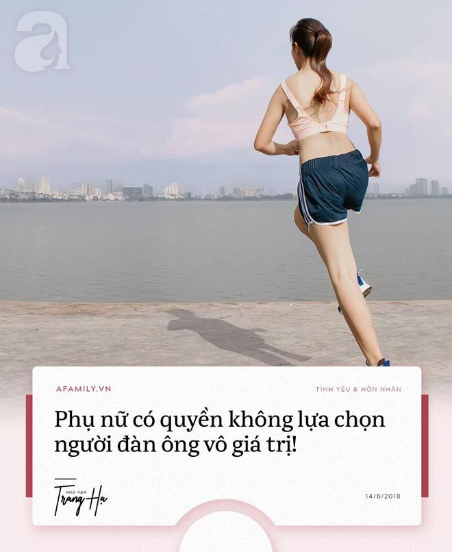Trang Hạ: 'Khi phát hiện chồng ngoại tình, phụ nữ hãy kiểm tra tài sản, huýt sáo và ra khỏi cuộc hôn nhân tồi tệ' - Ảnh 2