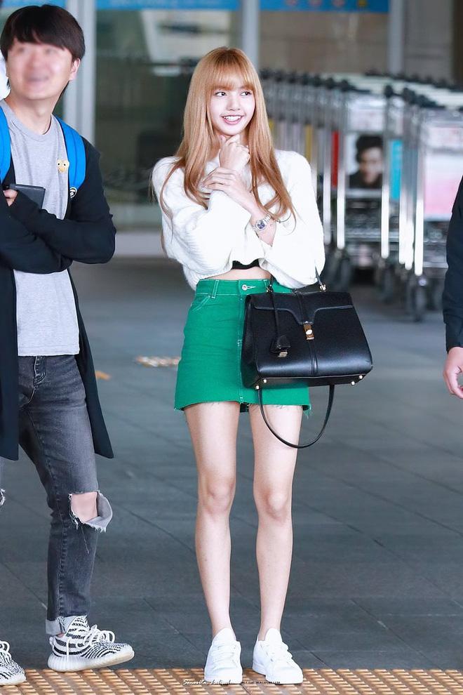 """5 cách diện chân váy ngắn 'max' xinh của idol Hàn: Nàng nào cũng nên biết để còn """"hack' dáng ảo diệu với người ta - Ảnh 6"""