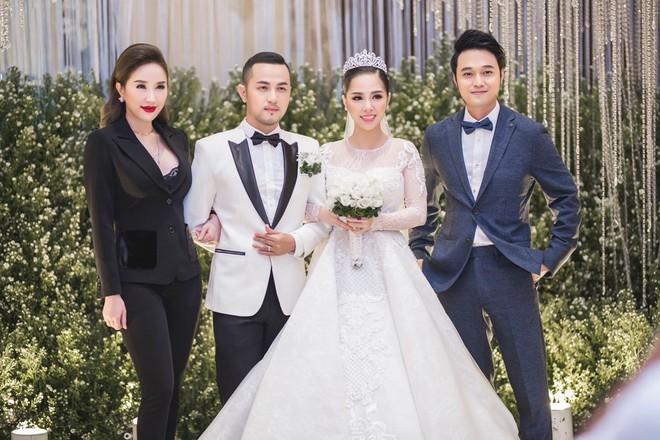5 nghệ sĩ được mời dự cưới Bảo Thy là ai? - Ảnh 2