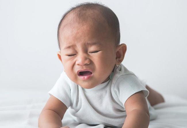 Bác sĩ giải đáp: Có nên lo lắng khi em bé mới sinh hắt hơi liên tục hay không? - Ảnh 3