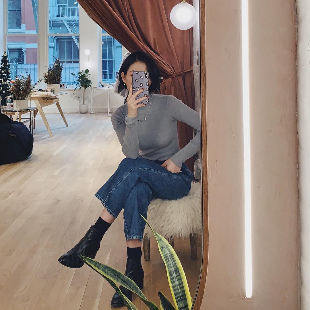 Diện quần jeans, chưa chắc là bạn đã có vẻ ngoài sành điệu nếu không mix với 4 mẫu giày sau đây - Ảnh 2