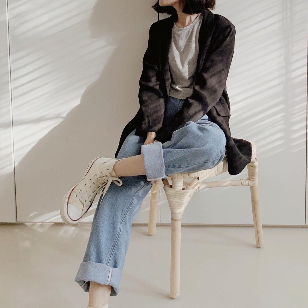 Diện quần jeans, chưa chắc là bạn đã có vẻ ngoài sành điệu nếu không mix với 4 mẫu giày sau đây - Ảnh 11