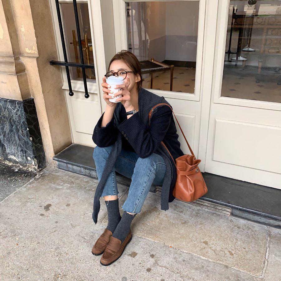 Diện quần jeans, chưa chắc là bạn đã có vẻ ngoài sành điệu nếu không mix với 4 mẫu giày sau đây - Ảnh 14