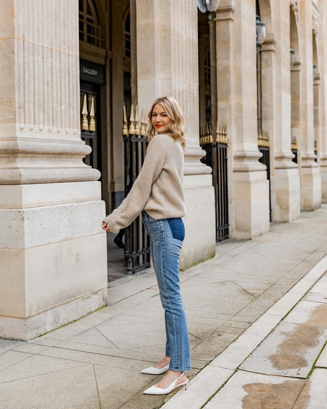Không thể kìm lòng trước 5 cách diện áo len đẹp xỉu của phụ nữ Pháp, bạn sẽ muốn áp dụng bằng hết mới được - Ảnh 20