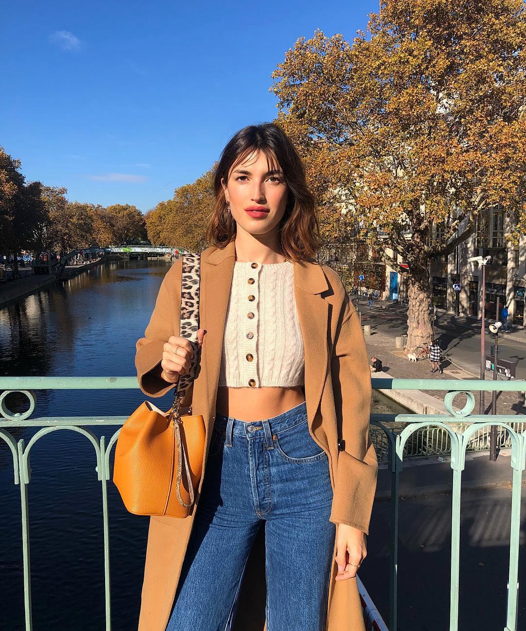 Không thể kìm lòng trước 5 cách diện áo len đẹp xỉu của phụ nữ Pháp, bạn sẽ muốn áp dụng bằng hết mới được - Ảnh 7