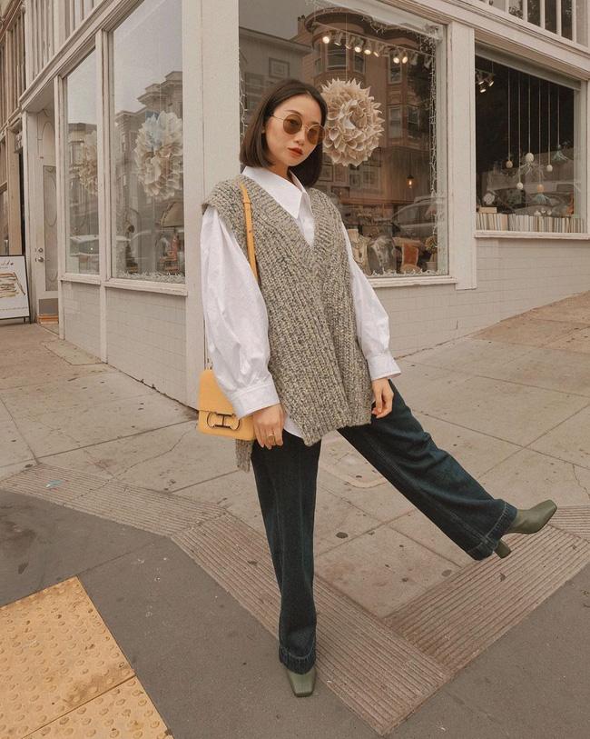 Nhìn street style Châu Á chỉ muốn trời lạnh thêm 1 tí nữa để thoải mái diện áo len 'to sụ' - Ảnh 14