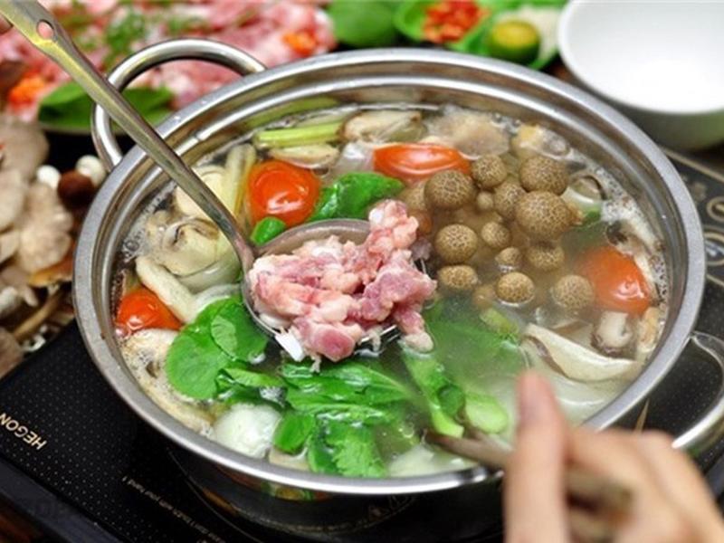 7 sai lầm khi ăn món lẩu được vạn người mê nhưng dễ rước về cả tá bệnh tật - Ảnh 1