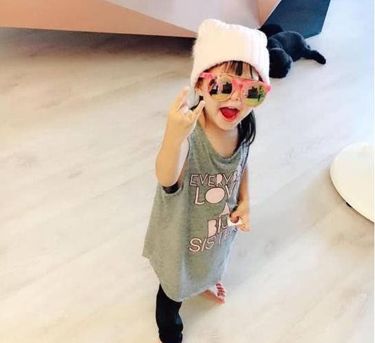 Con gái 3 tuổi của Châu Kiệt Luân gây sốt vì chiều cao vượt trội, 'lớn nhanh như thổi' - Ảnh 3