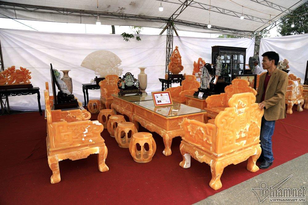 Đấu thắng tỷ phú Trung Quốc, đại gia Việt mua khối ngọc 5 tấn lớn nhất châu Á - Ảnh 8