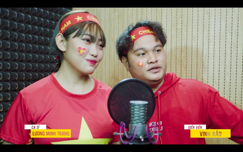 Xúc động với món quà 'có 1 không 2' các nghệ sĩ gửi đến đội tuyển Việt Nam trước trận chung kết lượt về AFF Cup 2018 - Ảnh 6