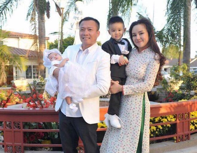 Sau nhiều năm chung sống, Vy Oanh bất ngờ tung ảnh cưới đẹp như cổ tích với chồng đại gia hơn 15 tuổi - Ảnh 9