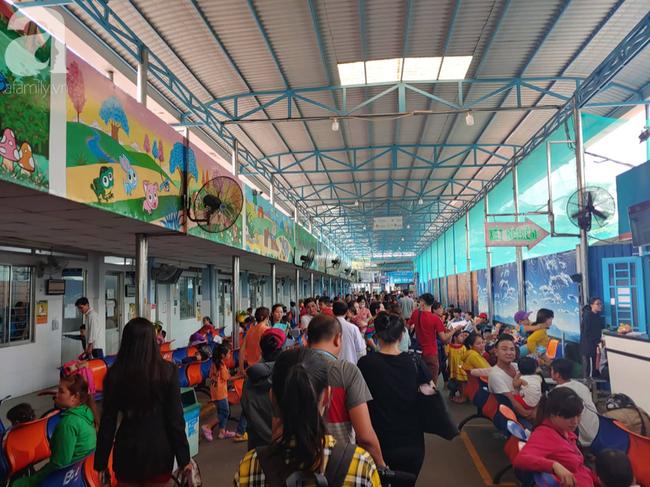 Vụ hàng loạt học sinh Tây Ninh cấp cứu tại TP.HCM sau khi ăn xôi gà: Nạn nhân nhập viện lên con số 89 - Ảnh 3