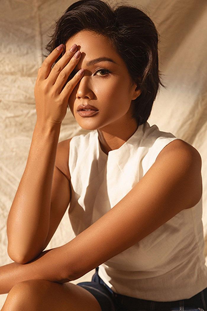 Hoa hậu H'Hen Niê bật mí kế hoạch thử sức với điện ảnh trong năm 2020 - Ảnh 4