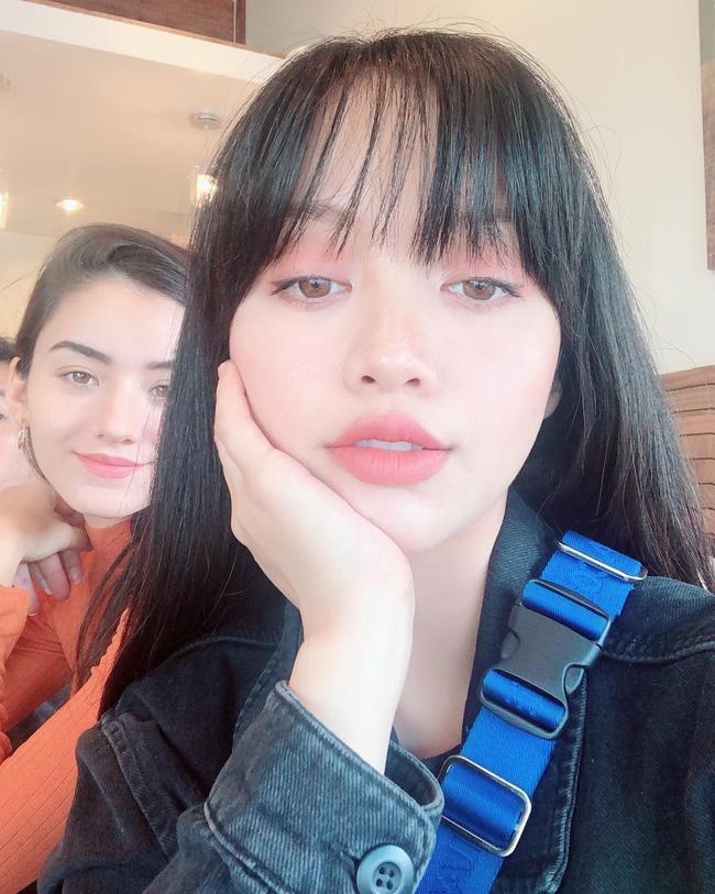 2 bí kíp makeup đơn giản nhưng max xinh của Michelle Phan: một kiểu sang chảnh, một kiểu hack tuổi cực hiệu quả - Ảnh 6