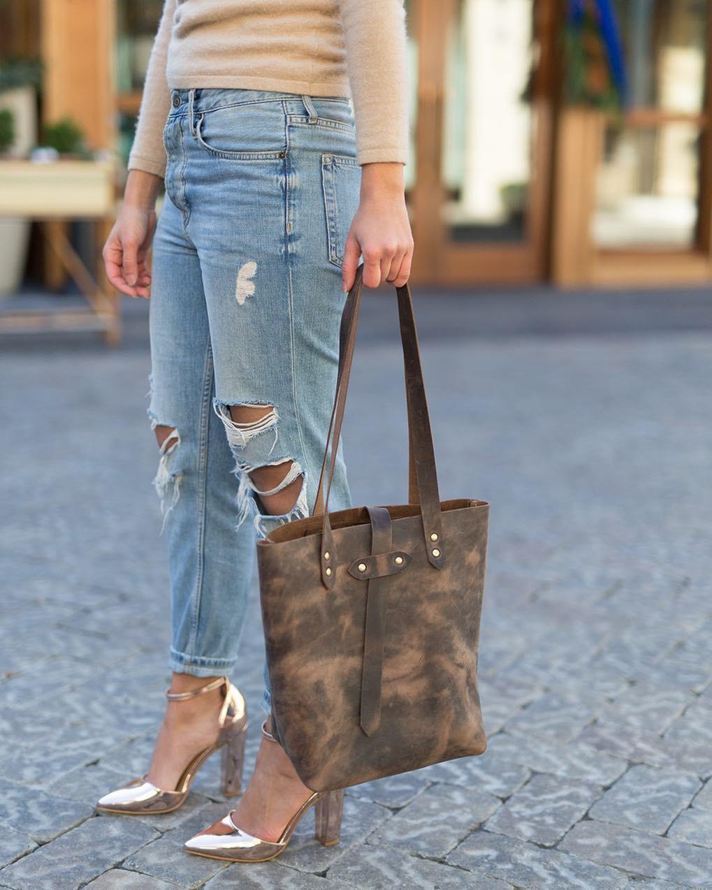 6 kiểu túi xách không bao giờ sợ lỗi mốt, chị em hãy mạnh dạn đầu tư để dùng dần - Ảnh 3