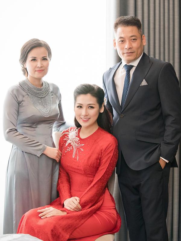 4 ông bố của sao Việt nổi tiếng phong độ, đẹp trai như nghệ sĩ khiến fan lần nào nhìn thấy cũng trầm trồ không thôi - Ảnh 2