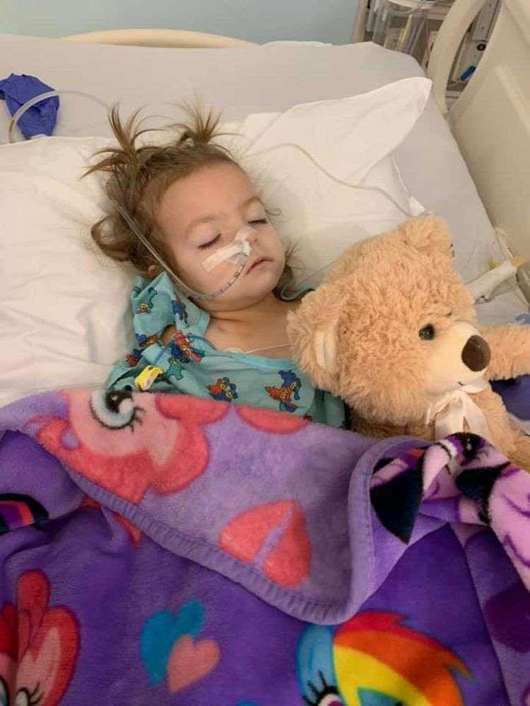 Bất ngờ thông tin bé 2 tuổi đã mắc bệnh ung thư buồng trứng - Ảnh 1