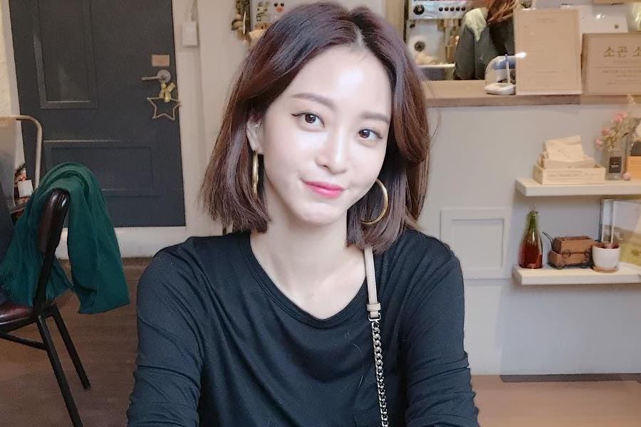 Sở hữu làn da trắng mịn như gái đôi mươi ở tuổi 39, nữ diễn viên Han Ye Seul chia sẻ bí quyết làm đẹp đáng học hỏi - Ảnh 1