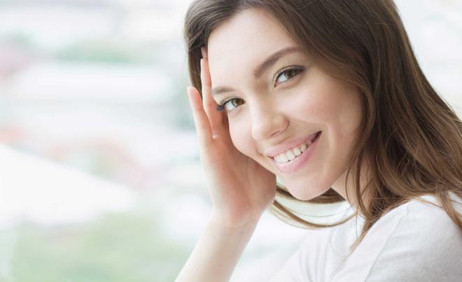 4 dấu hiệu báo động làn da đang ngày càng tồi tệ do gặp căng thẳng thường xuyên - Ảnh 2