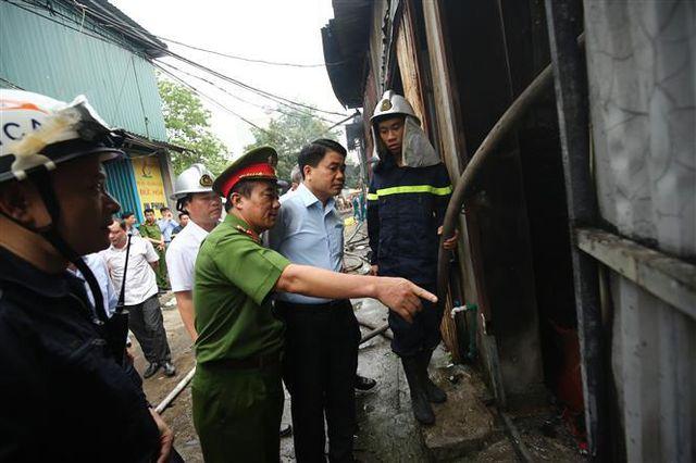 Kinh hoàng: Cháy nhà xưởng lúc rạng sáng khiến ít nhất 8 người tử vong, thiêu rụi nhiều tài sản - Ảnh 2