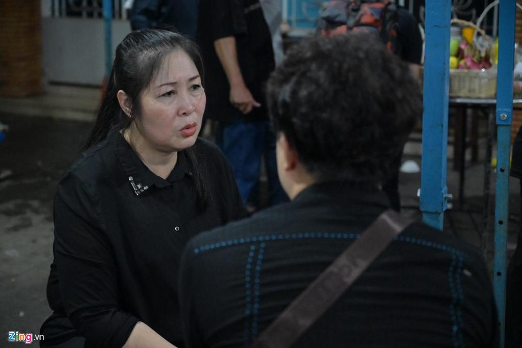 Phương Thanh, Minh Nhí rơi nước mắt giây phút tiễn đưa Anh Vũ - Ảnh 3
