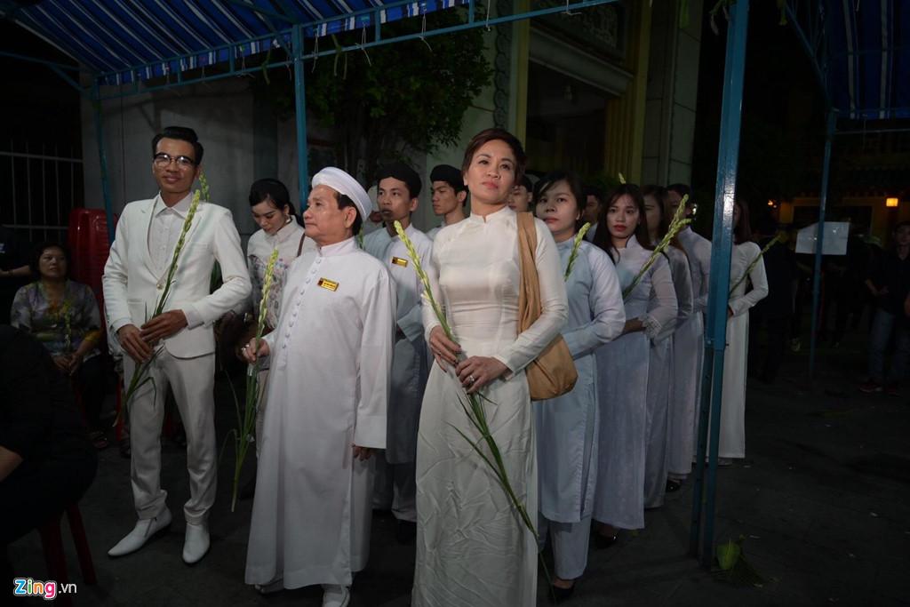 Phương Thanh, Minh Nhí rơi nước mắt giây phút tiễn đưa Anh Vũ - Ảnh 6